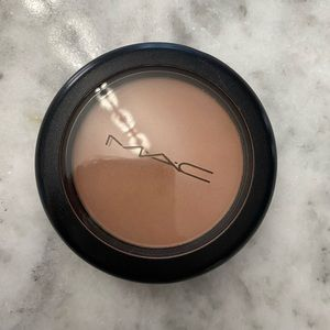 MAC Blush/Bronzer - only swatched
